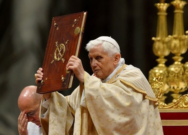 Benoit XVI : serviteur de la Parole